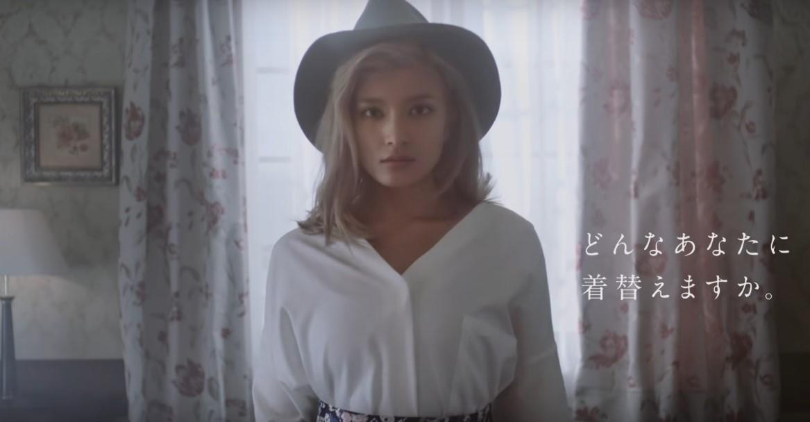 SHOPLIST、ローラが出演してる新CMの曲名が気になる!誰が歌っているの?「Good Morning With ROLA」編