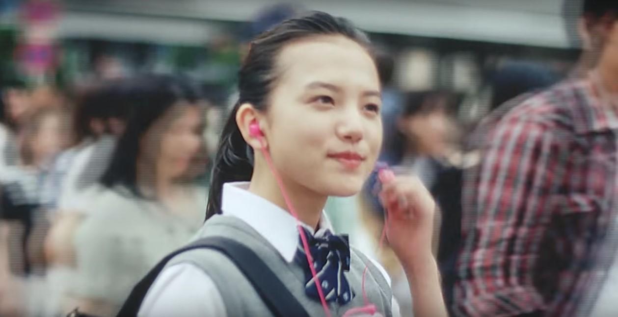 docomo(ドコモ)×ミスチルCMの女優は誰?娘役の女子高生の女性が気になる!