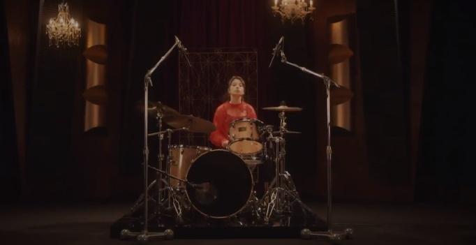 ABCマートCMのドラマー女性は誰?ドラムを叩く女の子が超絶かわいい!