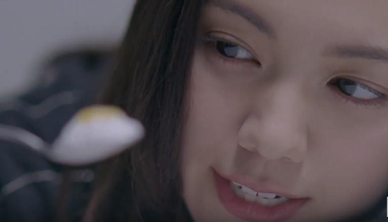 パルテノCMの女優は誰?ヨーグルトを食べる女の子がかわいい!