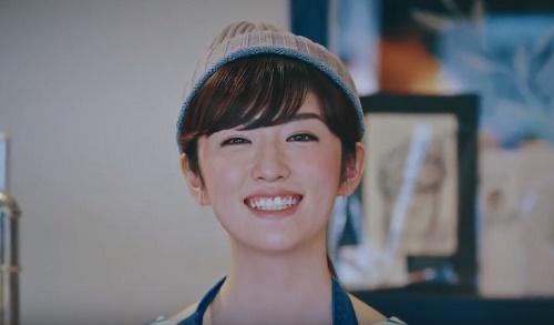 アン(an)CMの女性は誰?人見知りなニット帽の女の子がかわいい!