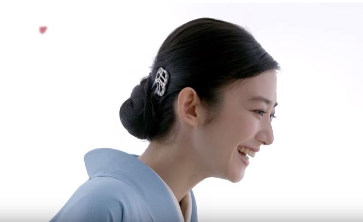 イオン恵方巻CMの女優は誰?水色の着物を着た女性がとっても美人!