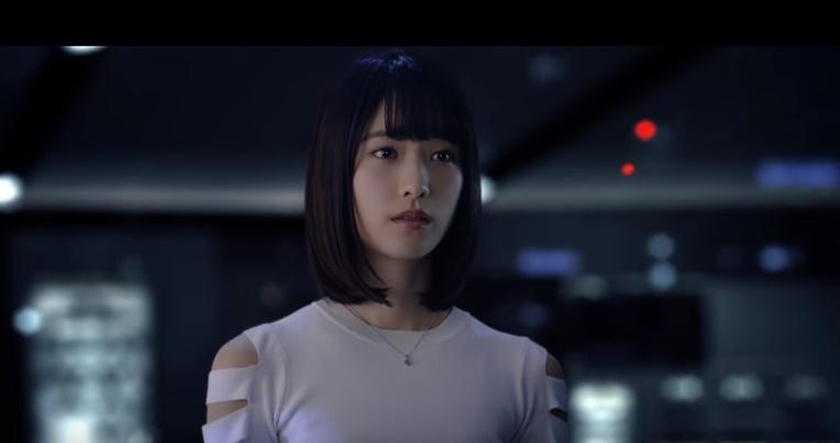 ブルボン(ルマンド)CMの女優は誰?宇宙戦艦にのって外を眺める女の子がかわいい!